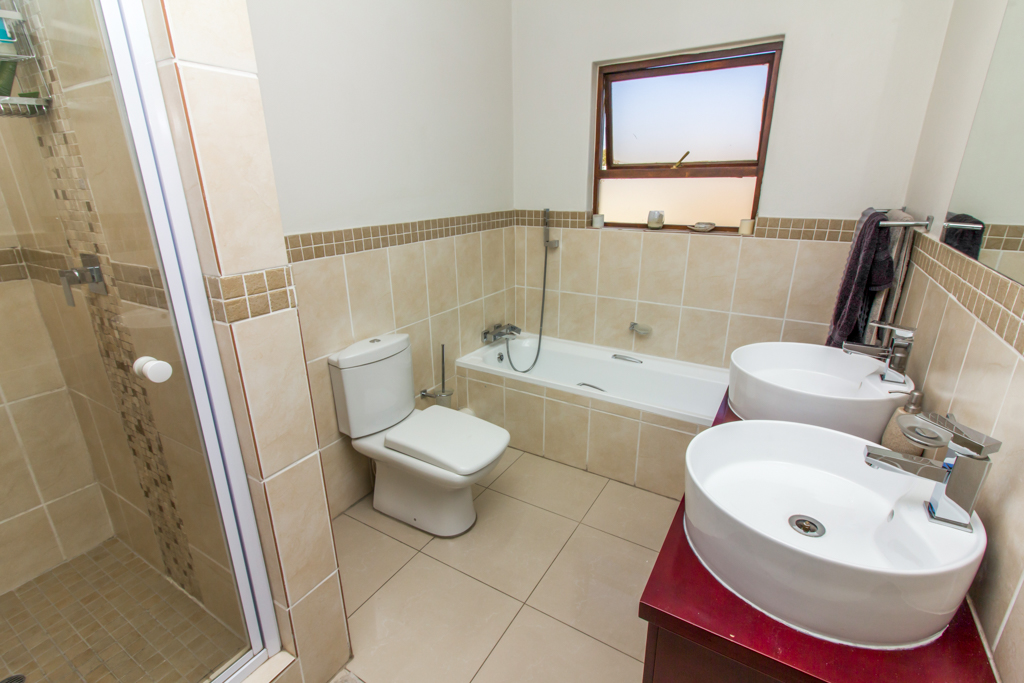 3 Bedroom Apartment for sale in Barbeque Downs LH-4985 : photo#11