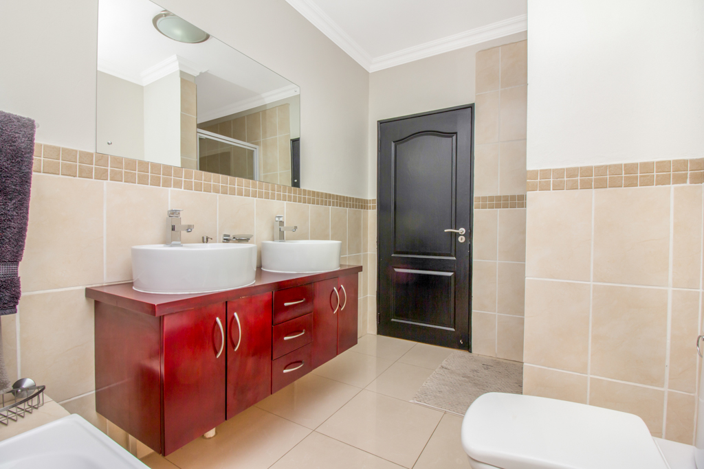 3 Bedroom Apartment for sale in Barbeque Downs LH-4985 : photo#10