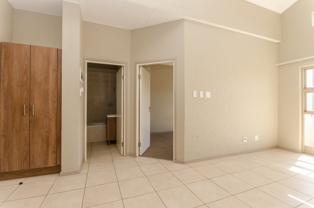 1 Bedroom Apartment for sale in Lone Hill LH-5002 : photo#7