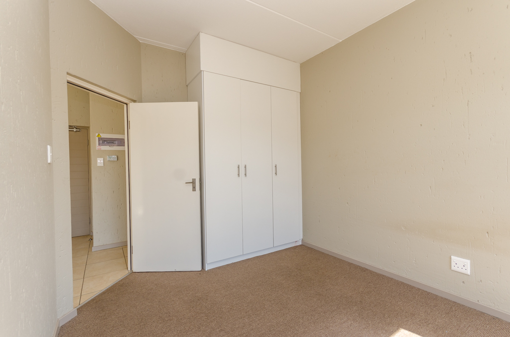 1 Bedroom Apartment for sale in Lone Hill LH-5002 : photo#9