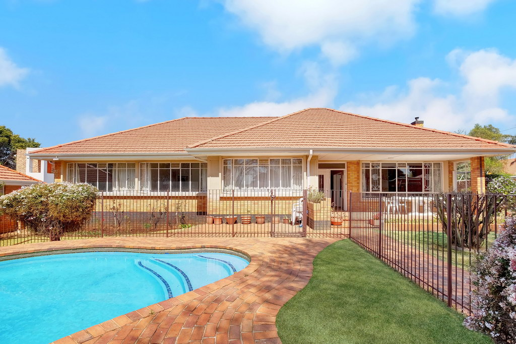 4 BedroomHouse For Sale In Rouxville
