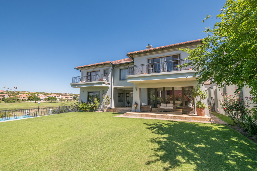 4 BedroomHouse For Sale In Blue Valley Golf And Country Estate
