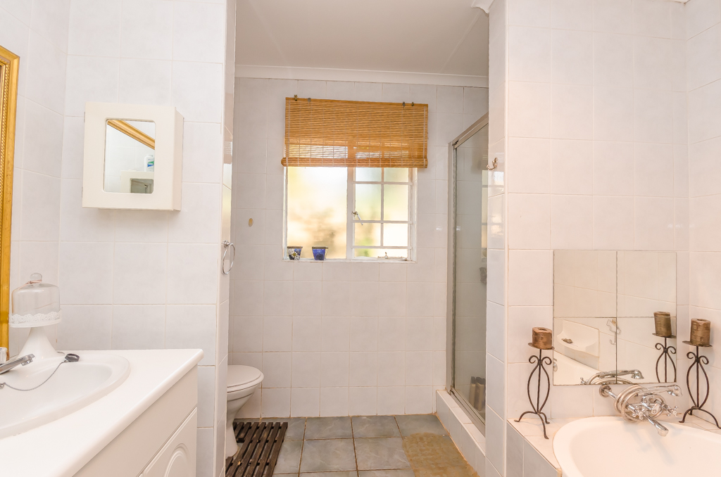 3 Bedroom Townhouse pending sale in Eldoraigne LH-5086 : photo#15
