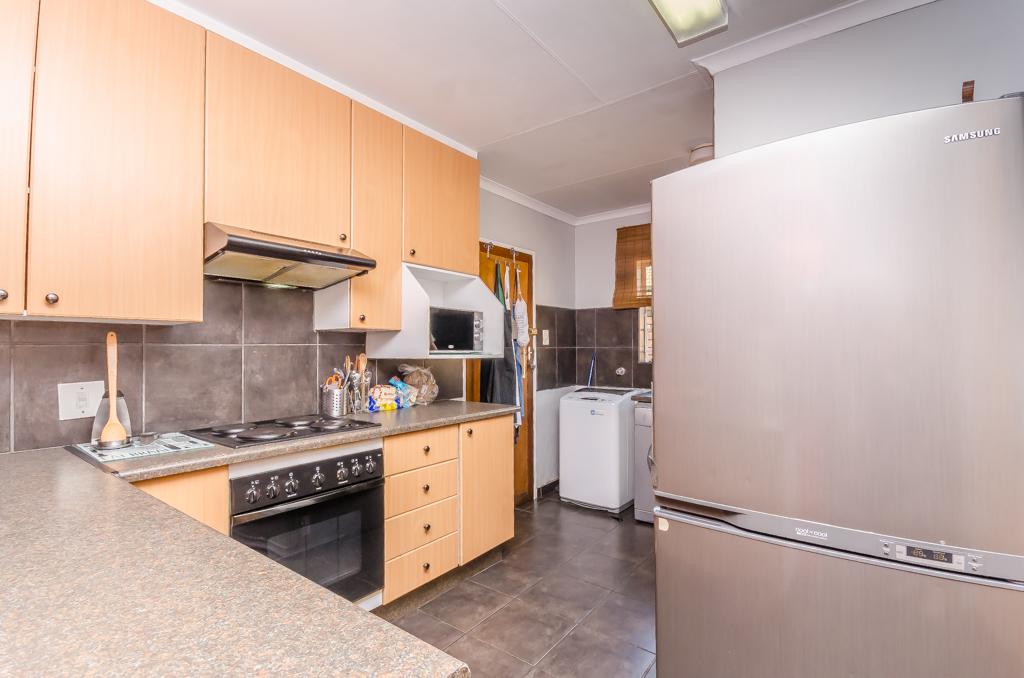 3 Bedroom Townhouse pending sale in Eldoraigne LH-5086 : photo#7