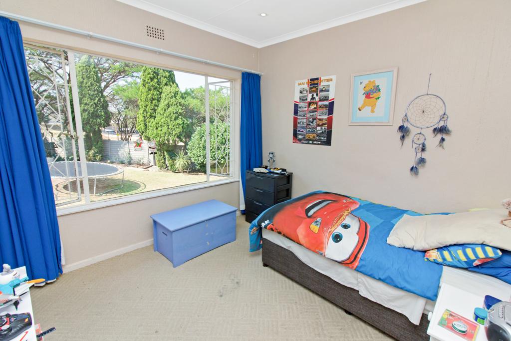 3 Bedroom House for sale in Weltevreden Park LH-5104 : photo#13
