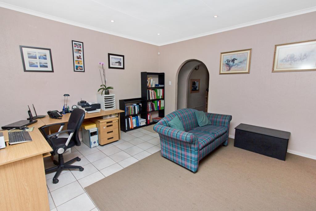3 Bedroom House for sale in Weltevreden Park LH-5104 : photo#8