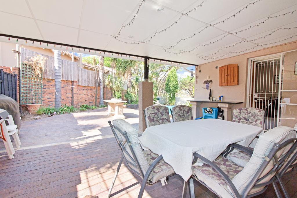3 Bedroom House for sale in Weltevreden Park LH-5104 : photo#20
