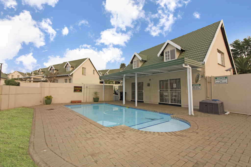 3 Bedroom Townhouse for sale in Sonneglans LH-5166 : photo#17