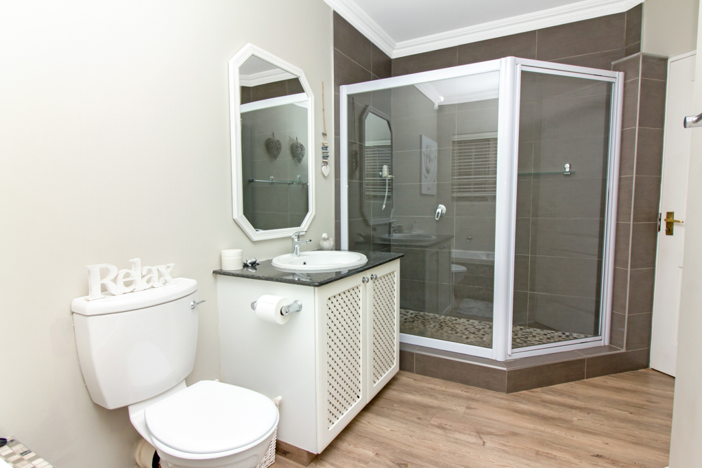 4 Bedroom House for sale in Lone Hill LH-5167 : photo#18