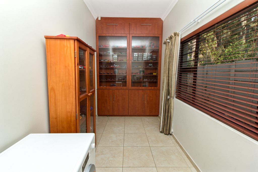 3 Bedroom House for sale in Northcliff LH-5169 : photo#13