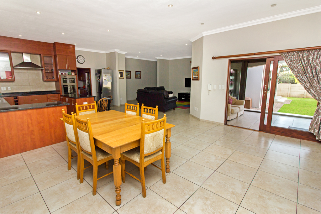 3 Bedroom House for sale in Northcliff LH-5169 : photo#9