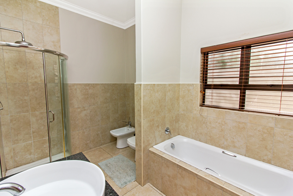 3 Bedroom House for sale in Northcliff LH-5169 : photo#21