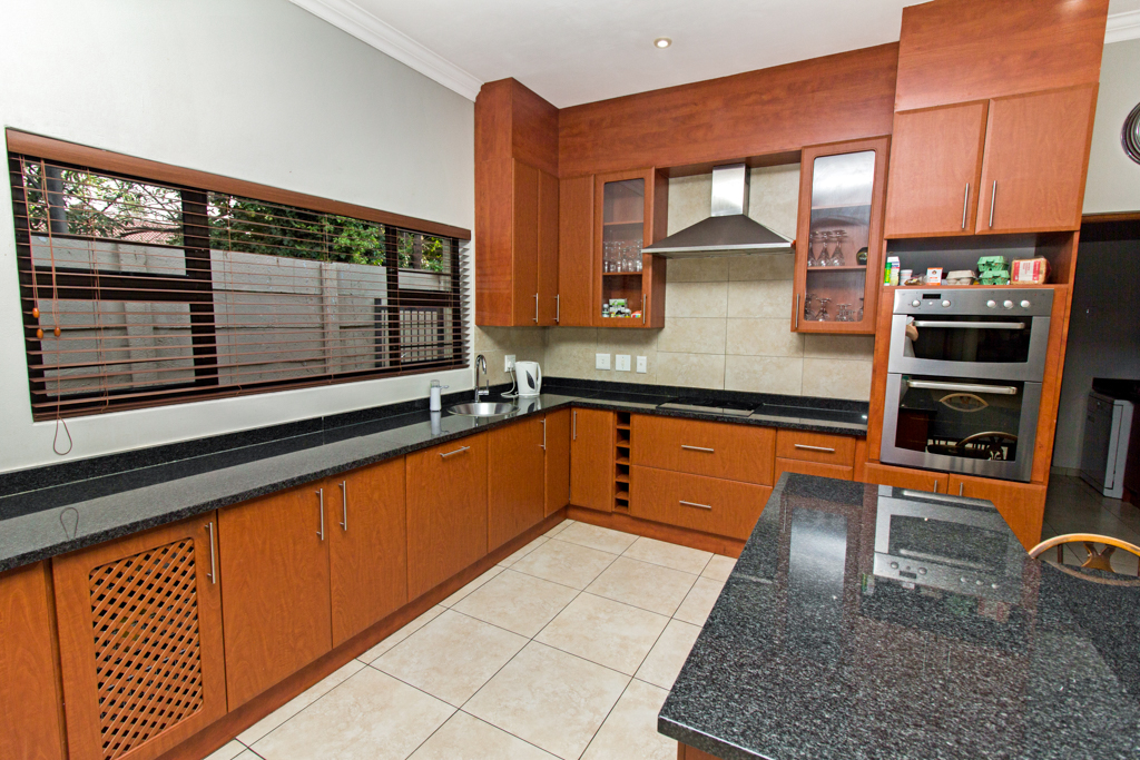 3 Bedroom House for sale in Northcliff LH-5169 : photo#10