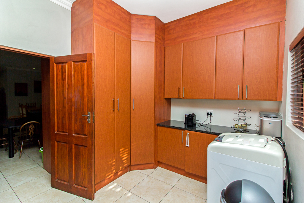 3 Bedroom House for sale in Northcliff LH-5169 : photo#12