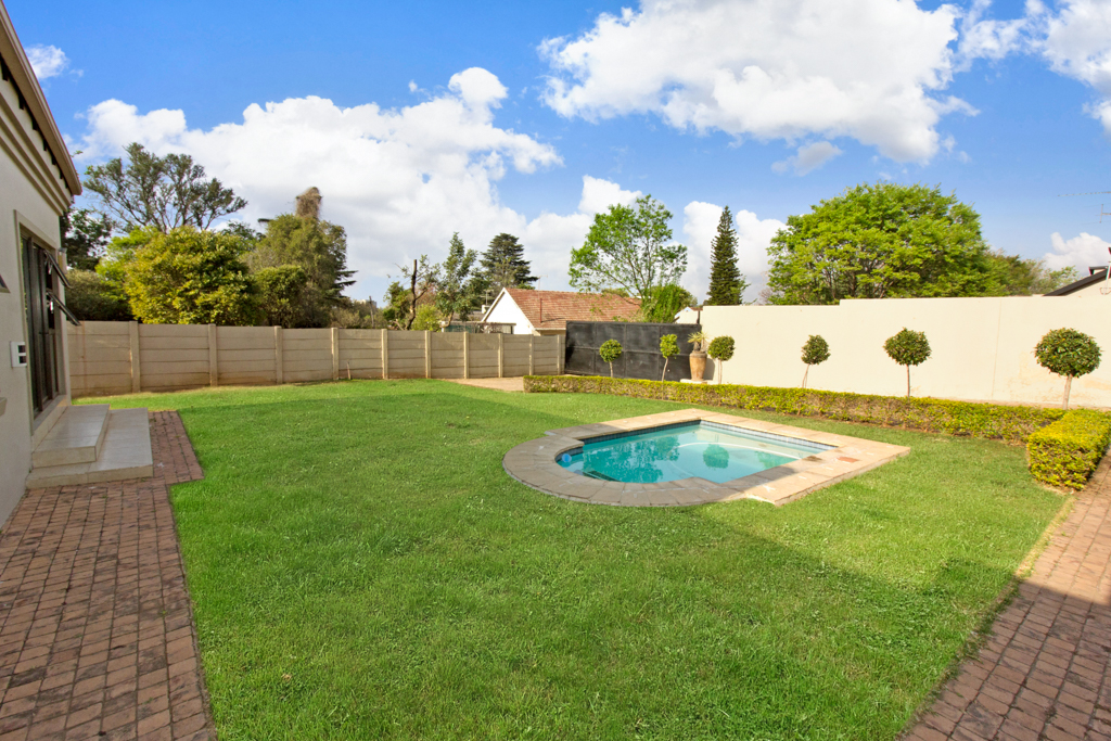 3 Bedroom House for sale in Northcliff LH-5169 : photo#5