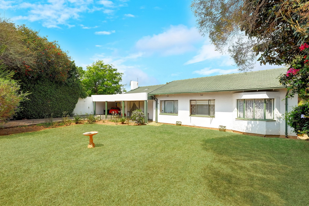 3 BedroomHouse For Sale In Birchleigh