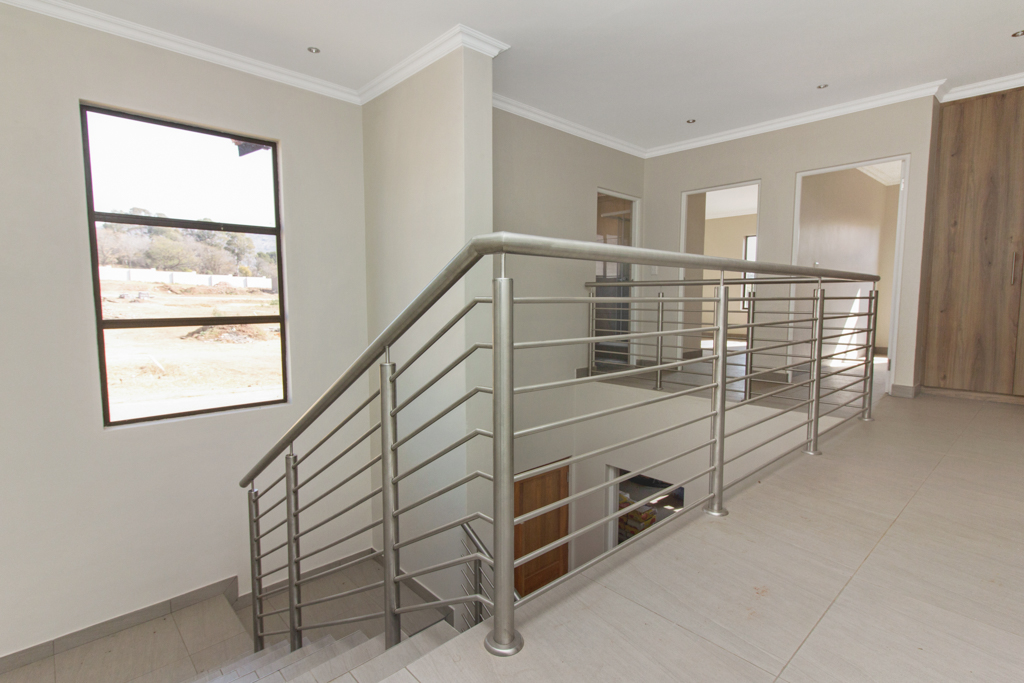 3 Bedroom House for sale in Ruimsig LH-5244 : photo#11