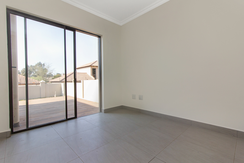 3 Bedroom House for sale in Ruimsig LH-5244 : photo#7