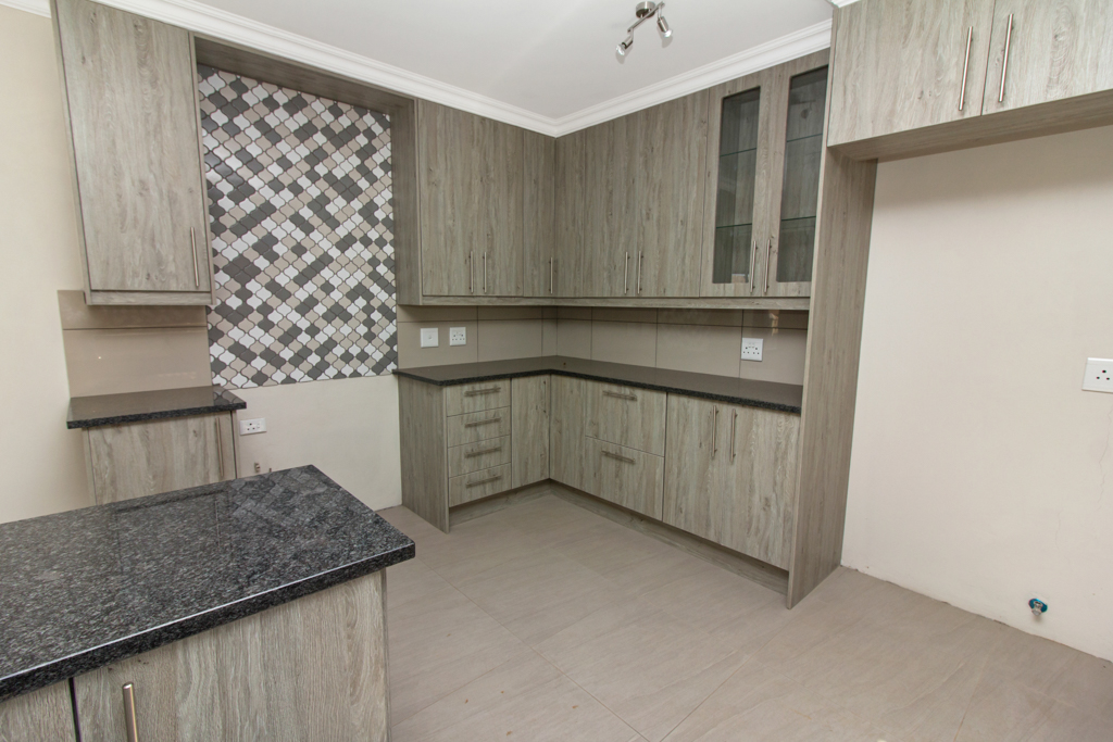 3 Bedroom House for sale in Ruimsig LH-5244 : photo#1