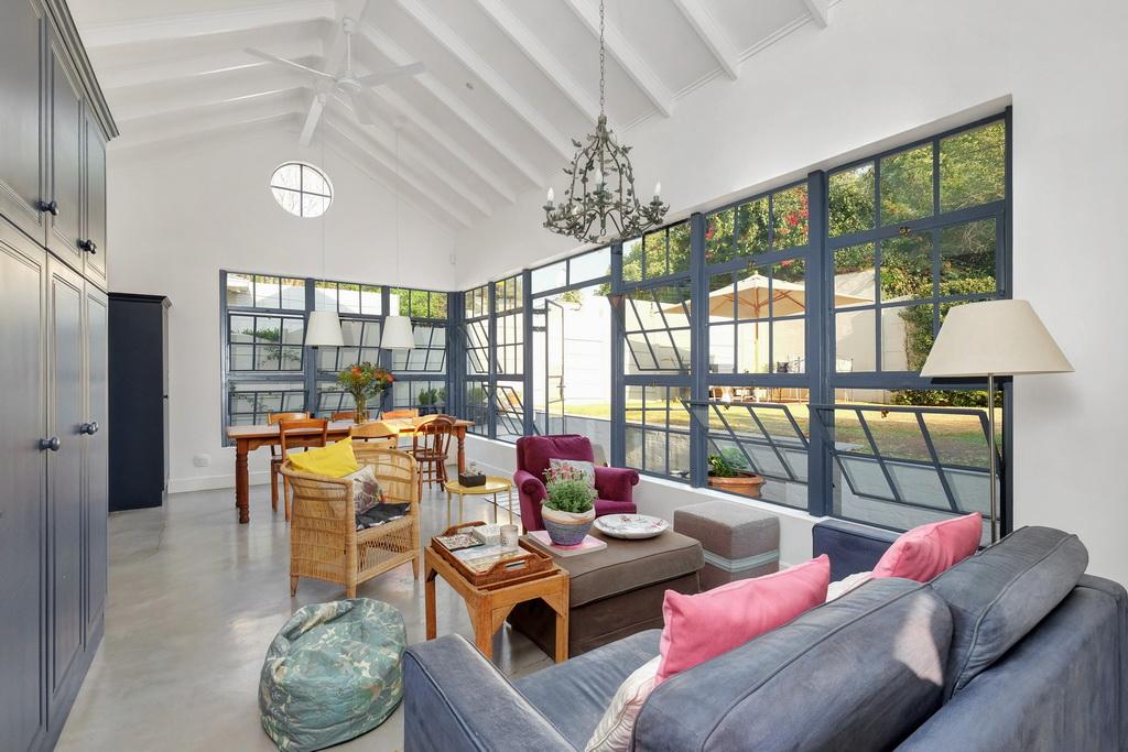 4 BedroomHouse For Sale In Parkhurst