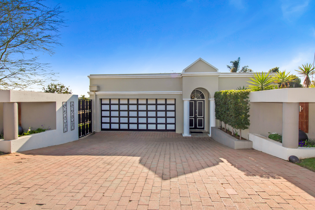 4 Bedroom House for sale in Fourways LH-5306 : photo#1