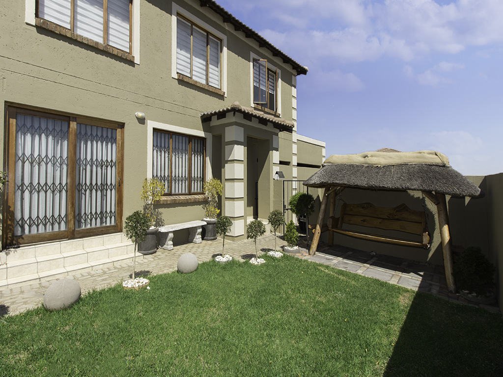 3 Bedroom Townhouse for sale in The Reeds LH-5311 : photo#6