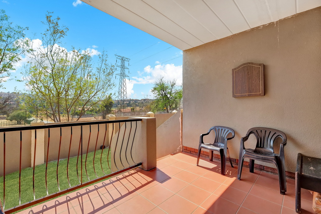 3 Bedroom Apartment for sale in Winchester Hills LH-5316 : photo#6