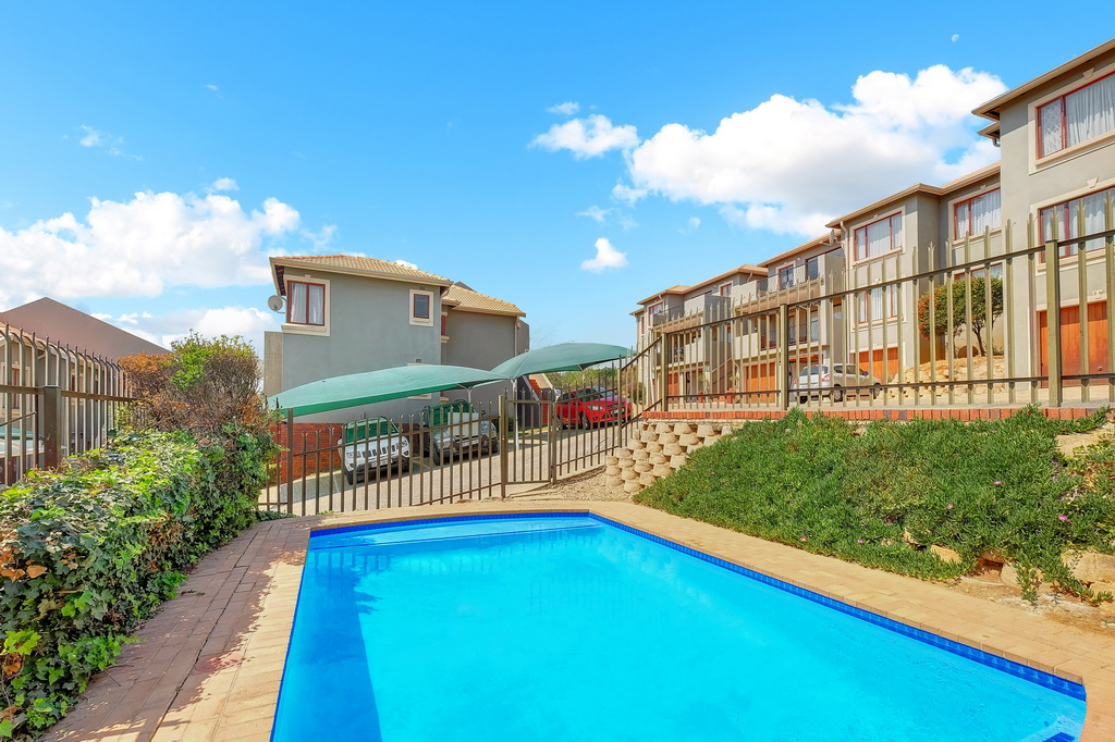 3 Bedroom Apartment for sale in Winchester Hills LH-5316 : photo#15