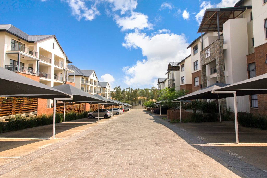 2 Bedroom Apartment for sale in Kyalami Hills LH-5325 : photo#0