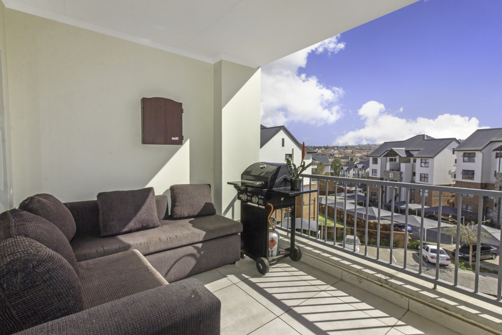 2 BedroomApartment For Sale In Kyalami Hills