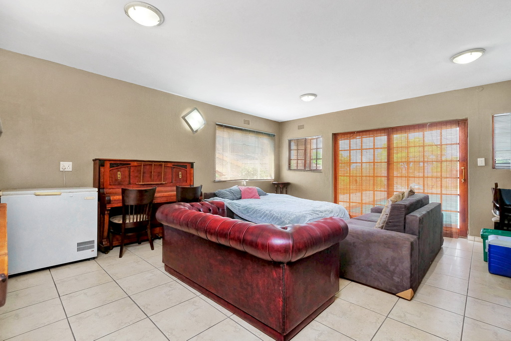 3 Bedroom House for sale in Alan Manor LH-5426 : photo#16