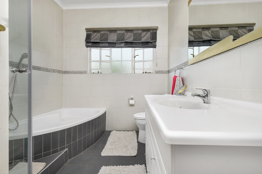 4 Bedroom House for sale in Morehill Ext 2 LH-5427 : photo#13