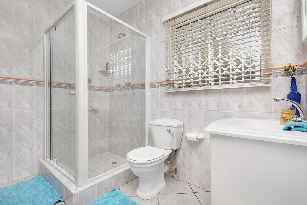 4 Bedroom House for sale in Morehill Ext 2 LH-5427 : photo#15