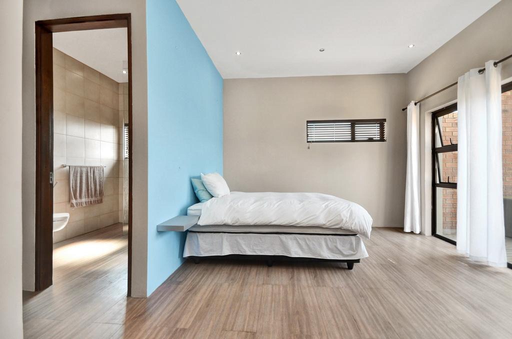 4 Bedroom House for sale in Glen Erasmia LH-5456 : photo#8