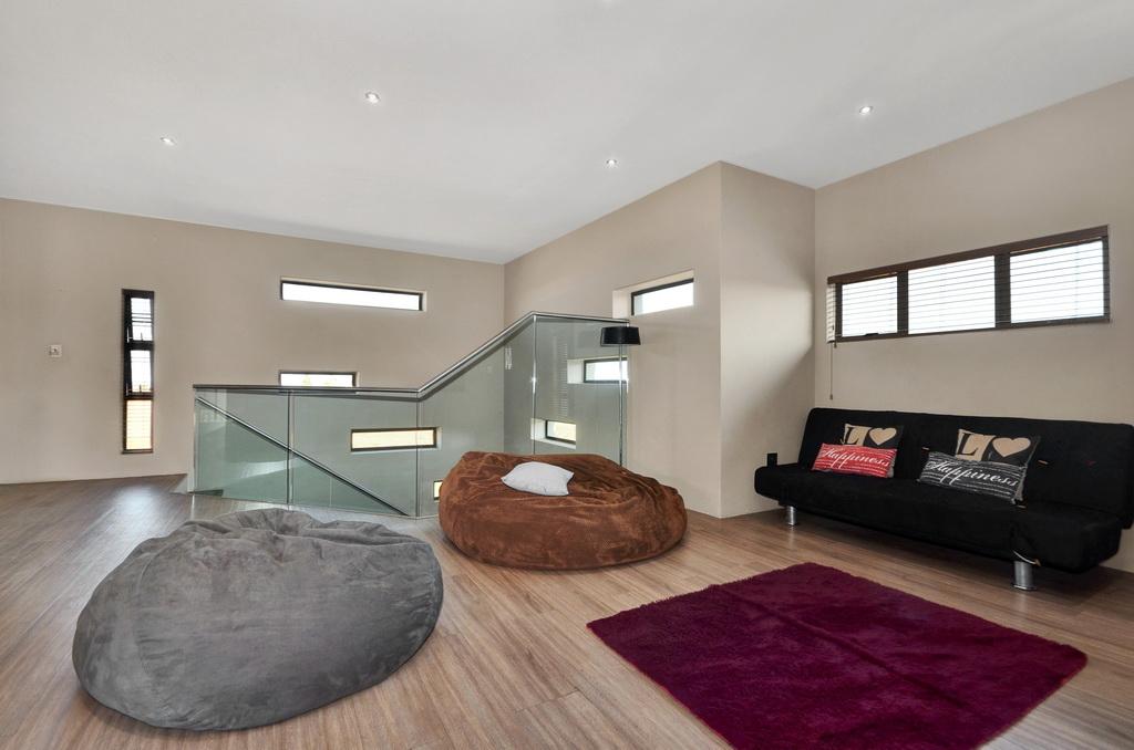 4 Bedroom House for sale in Glen Erasmia LH-5456 : photo#7