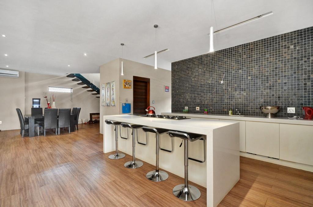 4 Bedroom House for sale in Glen Erasmia LH-5456 : photo#5