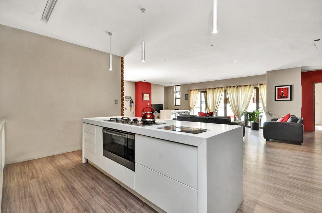 4 Bedroom House for sale in Glen Erasmia LH-5456 : photo#6