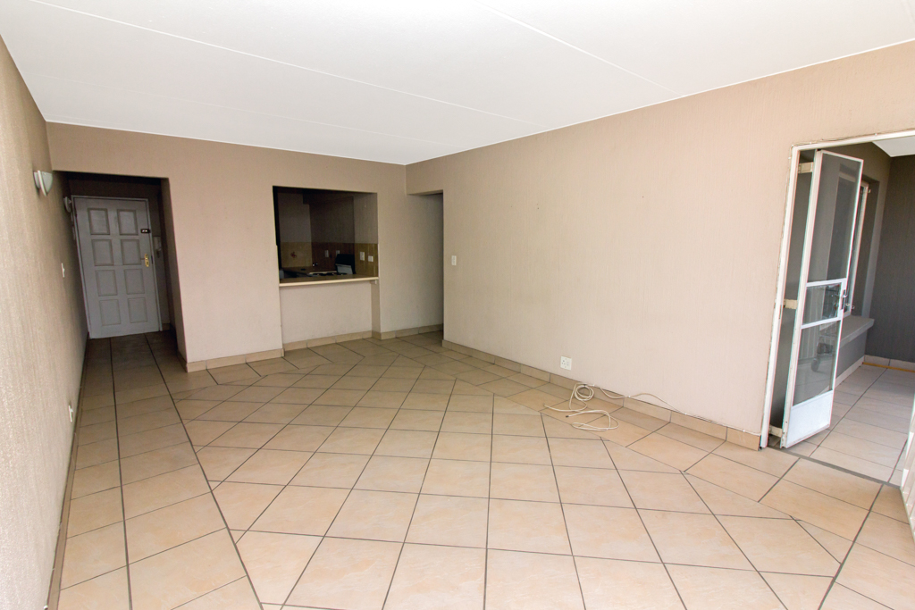 2 Bedroom Apartment for sale in Ferndale LH-5463 : photo#2