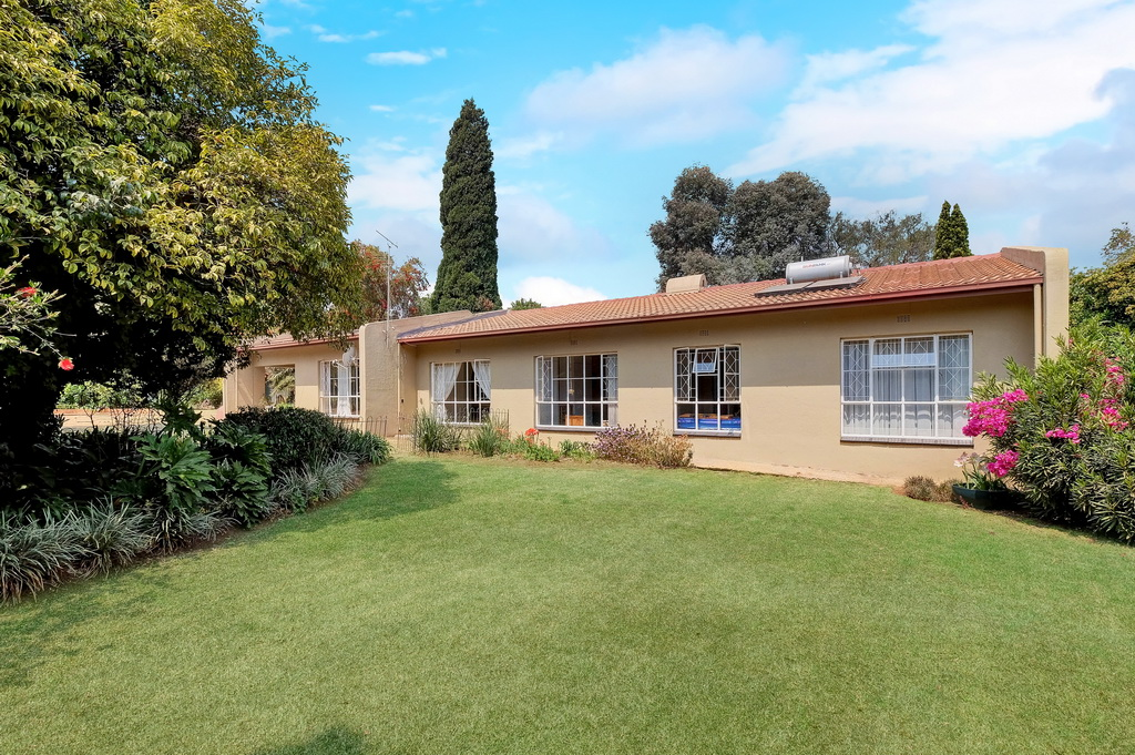 4 Bedroom House sold in Brackendowns LH-5474 : photo#11