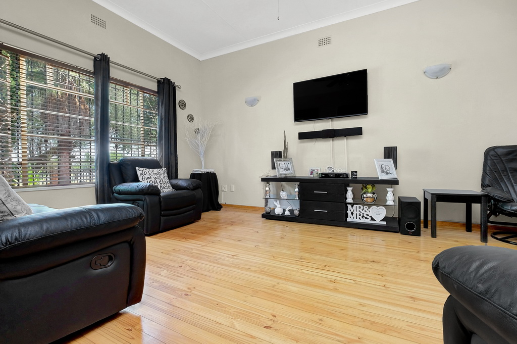 3 Bedroom House for sale in Airfield LH-5515 : photo#5