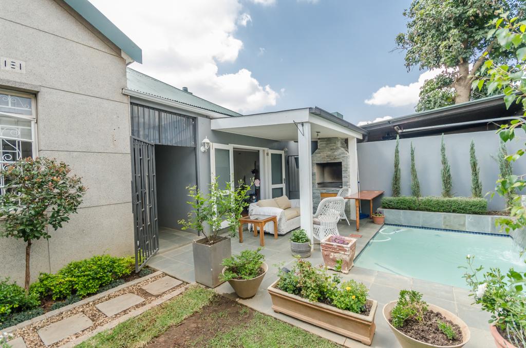 3 BedroomHouse For Sale In Orange Grove