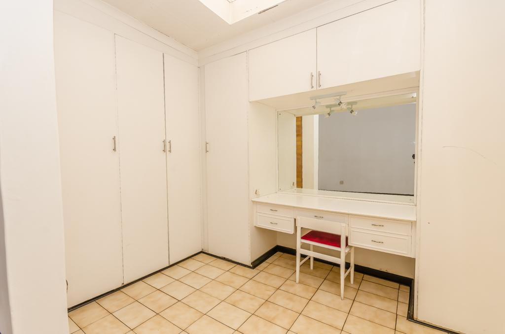 4 Bedroom House pending sale in Birch Acres LH-5524 : photo#14