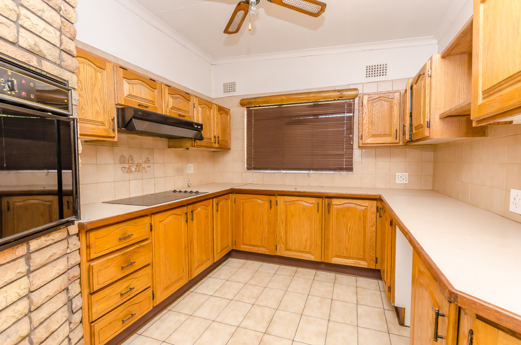 4 Bedroom House for sale in Birch Acres LH-5524 : photo#7