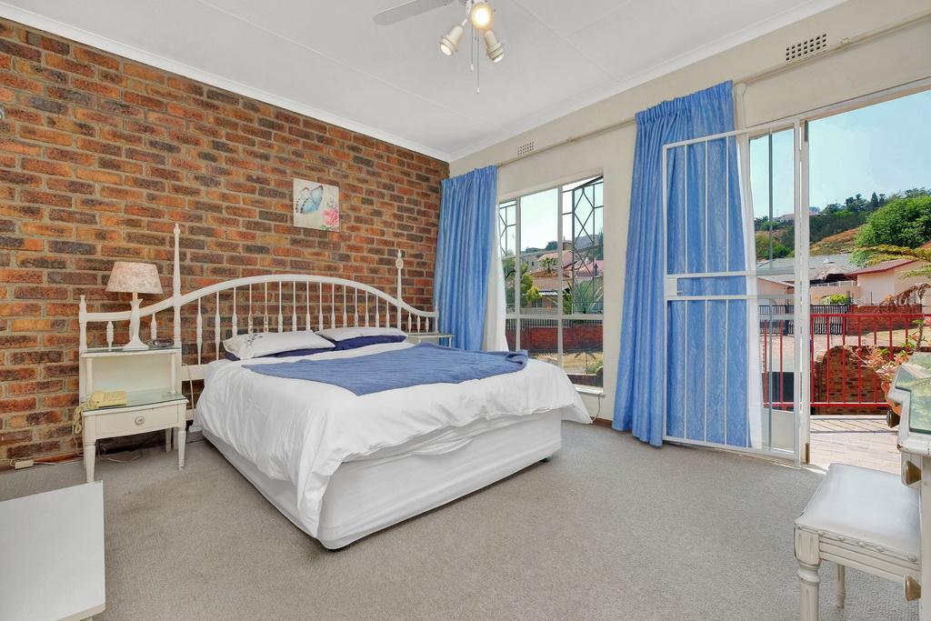 3 Bedroom Townhouse pending sale in Ridgeway LH-5530 : photo#14