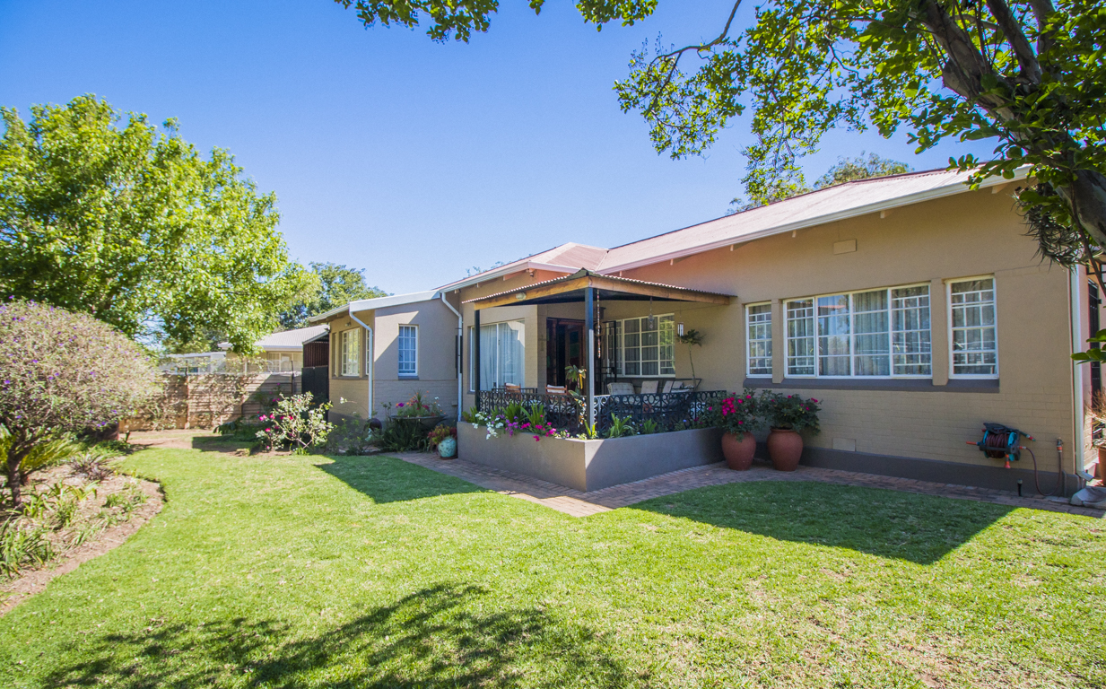 3 BedroomHouse For Sale In Airfield