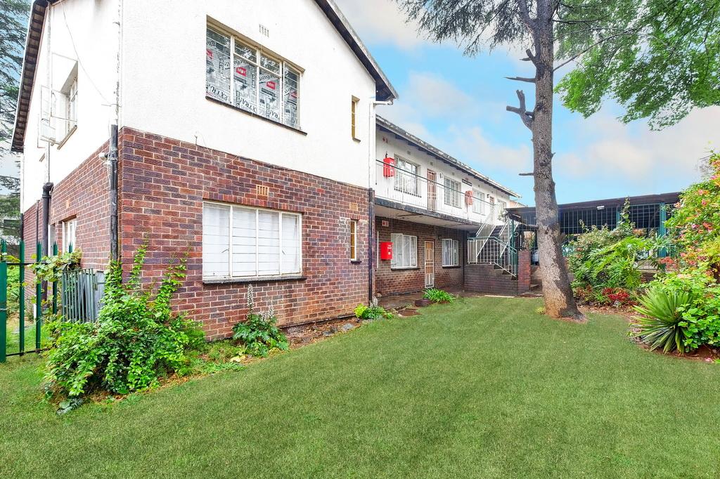 3 BedroomApartment For Sale In Windsor East