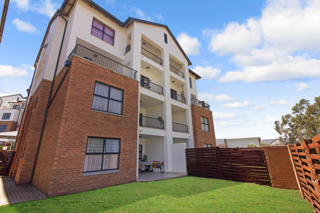 3 BedroomApartment For Sale In Olivedale