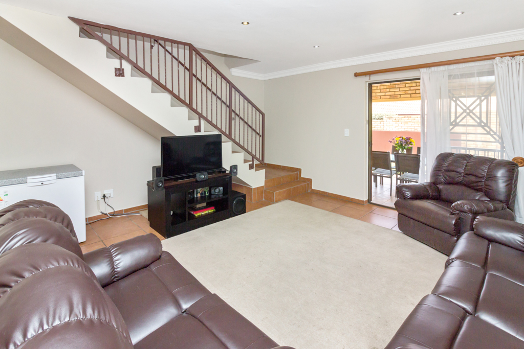 4 Bedroom Townhouse for sale in North Riding LH-5674 : photo#1