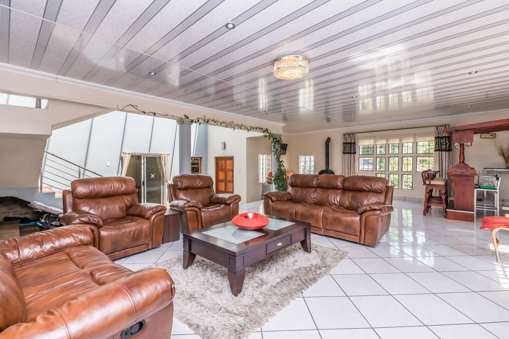 5 Bedroom House for sale in The Reeds LH-5727 : photo#2