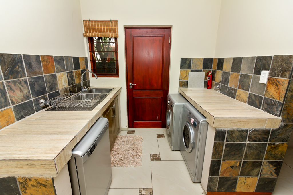 3 Bedroom Townhouse for sale in North Riding LH-5741 : photo#8